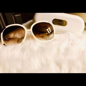 Chloe sunglasses with case and original paperwork